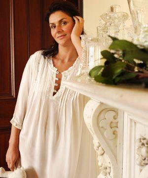Luksusowa damska jedwabna bielizna nocna Alexandra. Luksusowa jedwabna koszula nocna