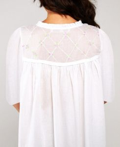 Plus size cotton sleepwear Caroline 3/4 sleeves pink hand embroidery