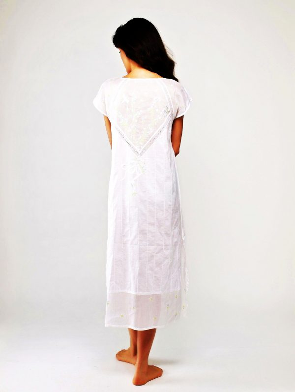 Women's luxury cotton sleepwearFlowers and Dragonfly,sleeveless white hand embroidery