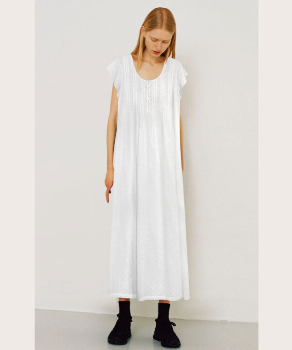 Womens-Fair-Maid-Swiss-Dot-cotton-nightgown-with-cap-sleeves.